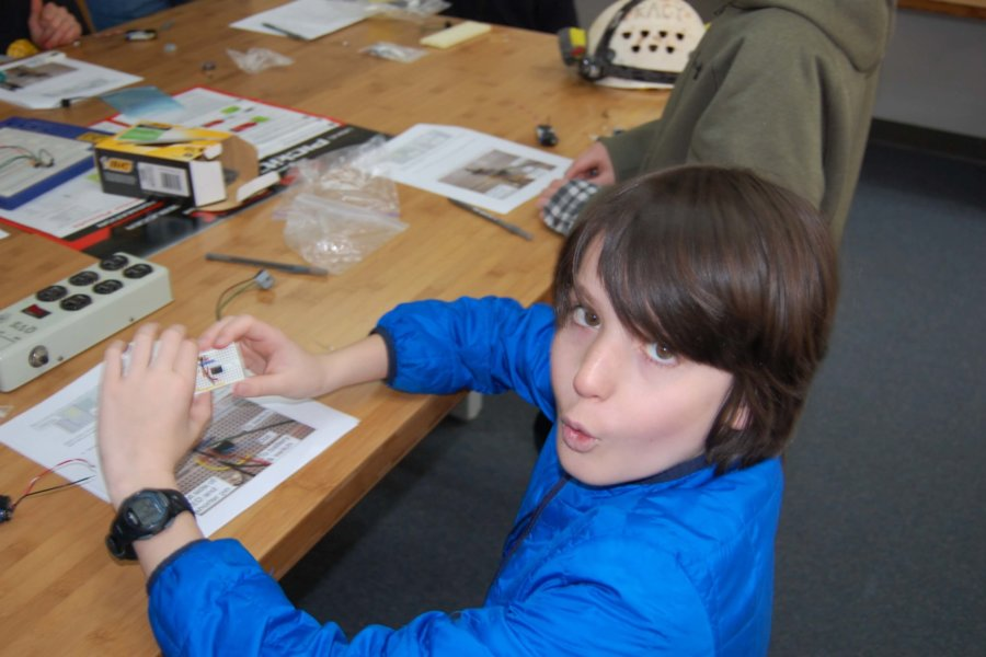 Colorado Springs, CO: A student with their CaveSim STEM lab